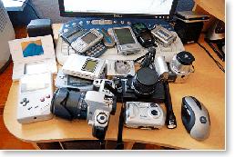 technology-overload-gadgets