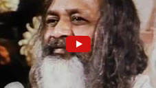 Maharishi on eliminating stress and stabilizing unbounded awareness (10:57)